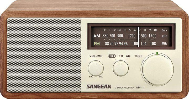 Sangean WR-11 tabletop radio